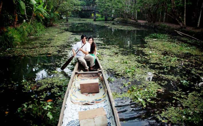 Alleppey for romantic honeymoon place in India