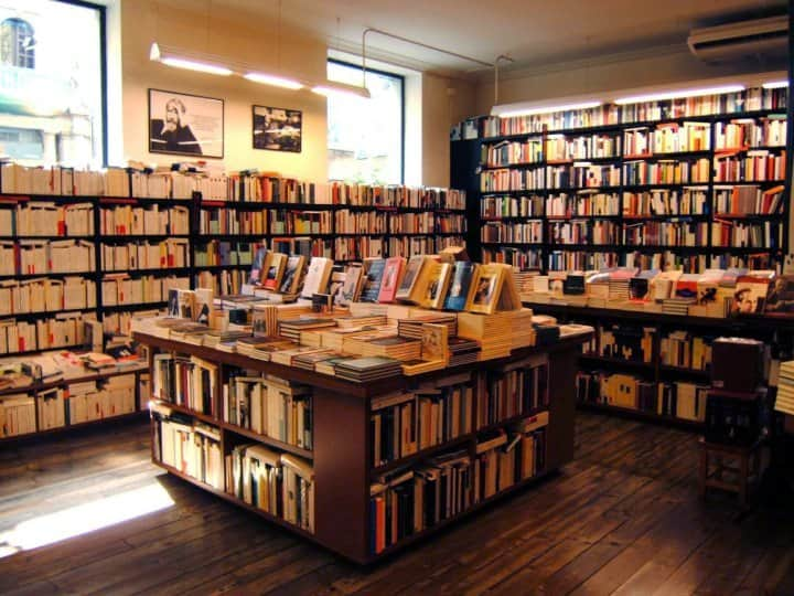 Best Things To Do In Costa Rica: Libreria