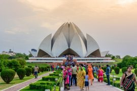 Lotus Temple information: Delhi tourism